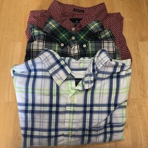 Lot of 3 Men's button down shirts size Large